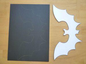 Vorlage und schwarzes Papier
